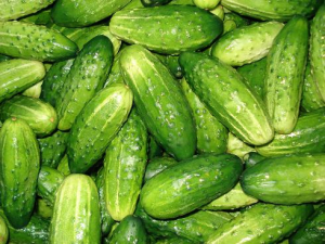 cucumbers have great astringent and cooling properties which do wonders for reducing puffy, tired eyes!